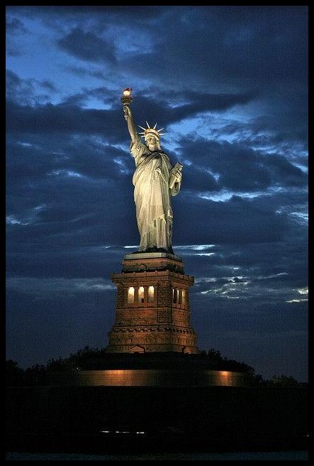 estatua-de-la-libertad_postal-4af30a2f7de7da57b4ea40656a0bda6d